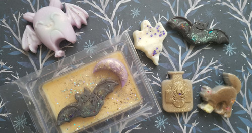 Hocus Pocus on a Shell Soy Wax Melts