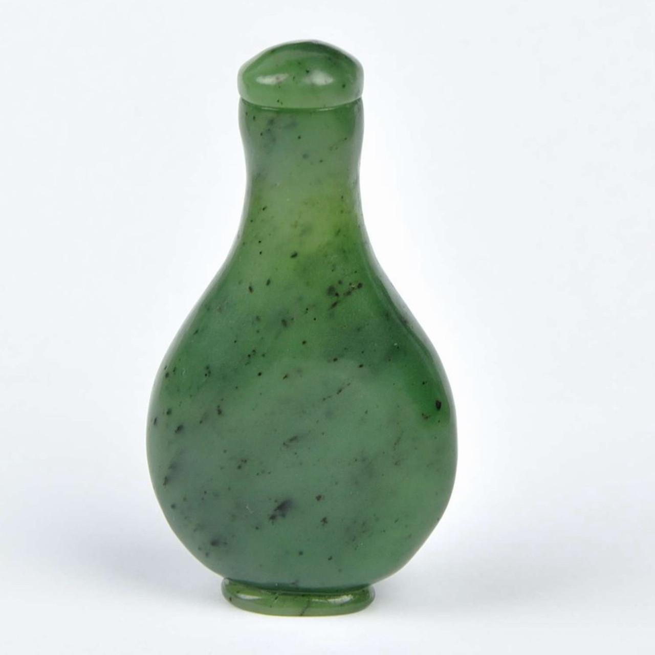Green Nephrite Jade Snuff Bottle