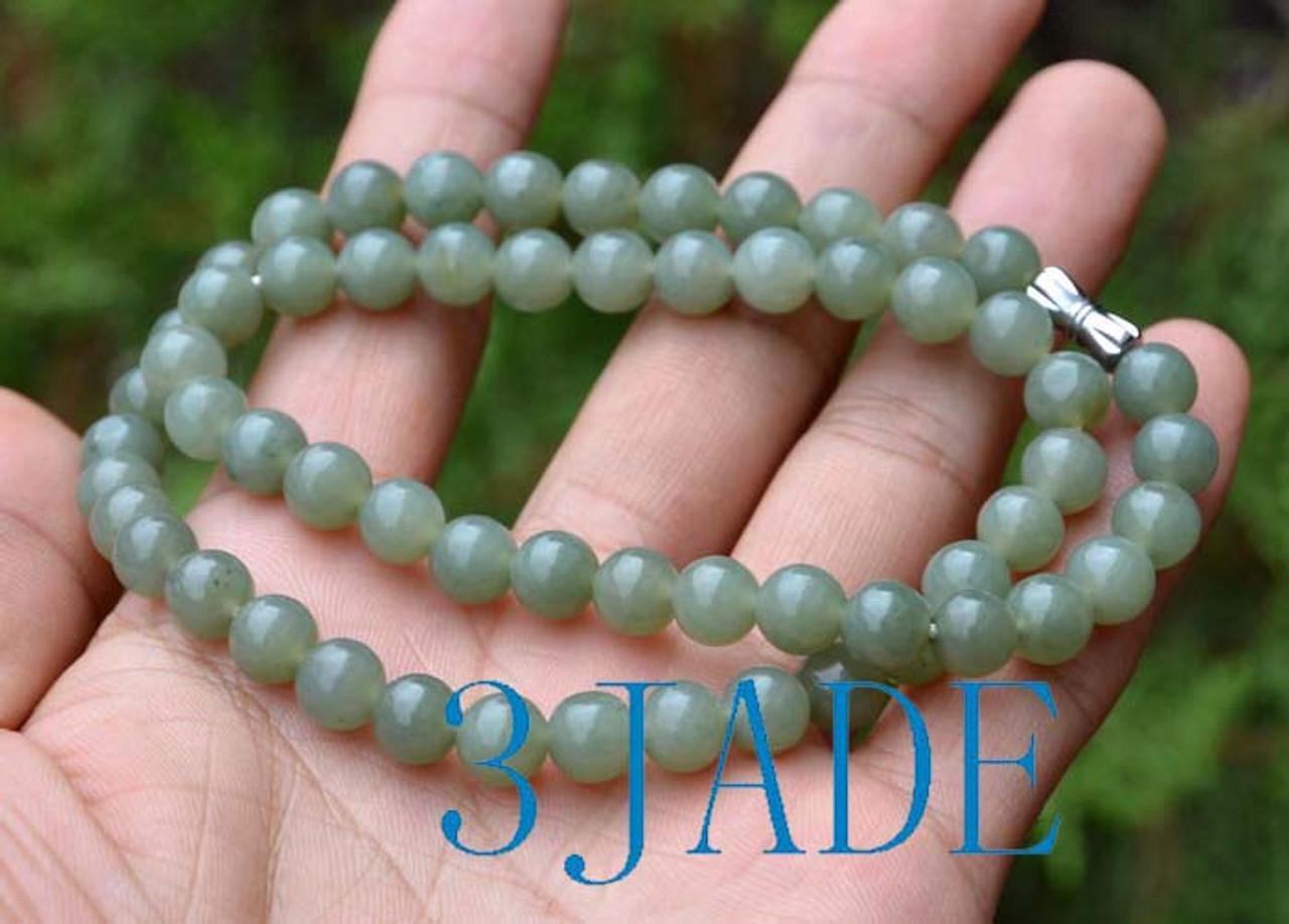 Hetian nephrite jade necklace