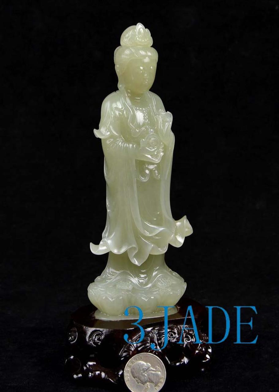 jade Kwan-yin statue