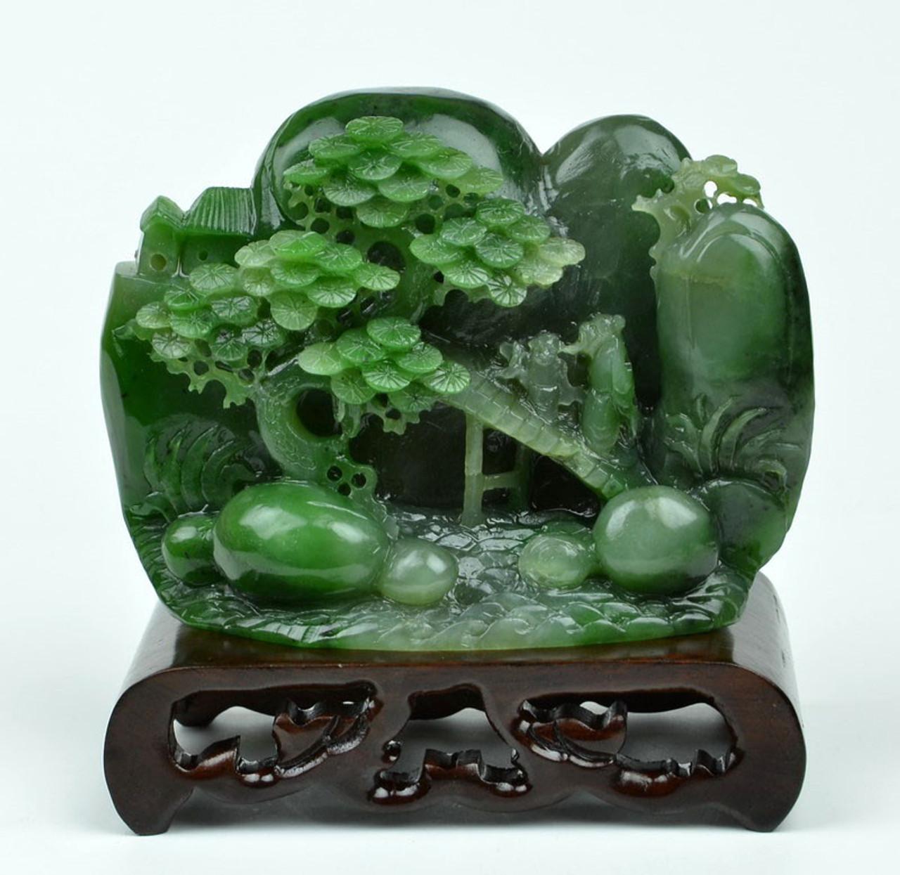 Natural Green Nephrite Jade Chinese Traditional Jade