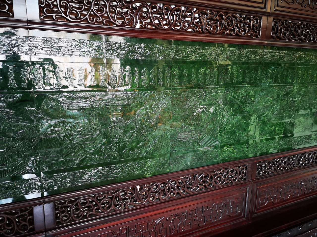 Hand Carved Jade Along the River During the Qingming Festival
