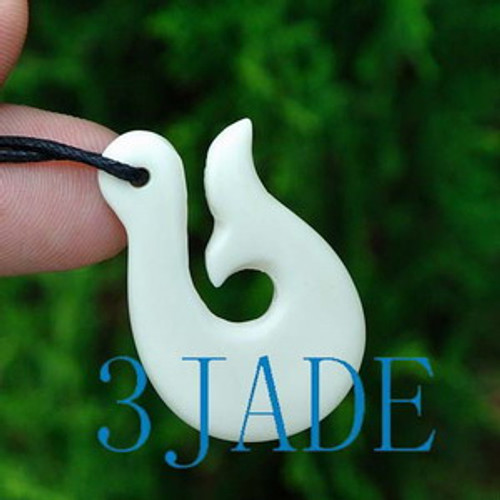 Hand Carved Bone Fish Hook Pendant New Zealand Maori Style Carving G029104