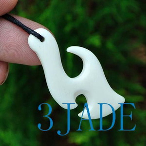 Hand Carved Bone Fish Hook Pendant New Zealand Maori Style Carving G029107