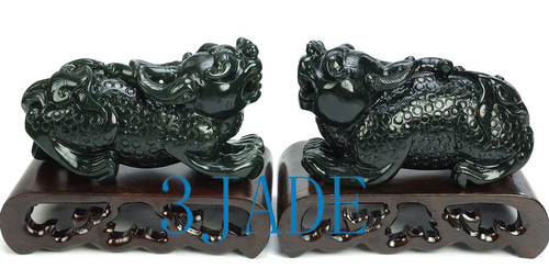 Chinese Divine Statue