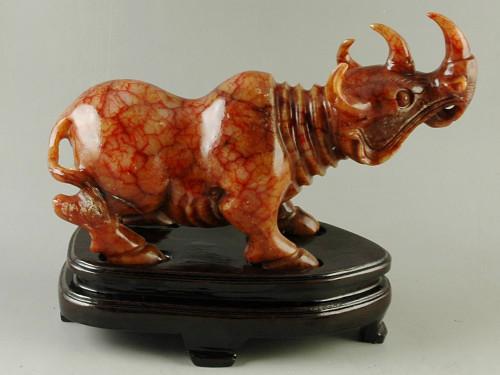 Vintage Style Serpentine Rhinoceros Statue Chinese Xiu Jade Carving