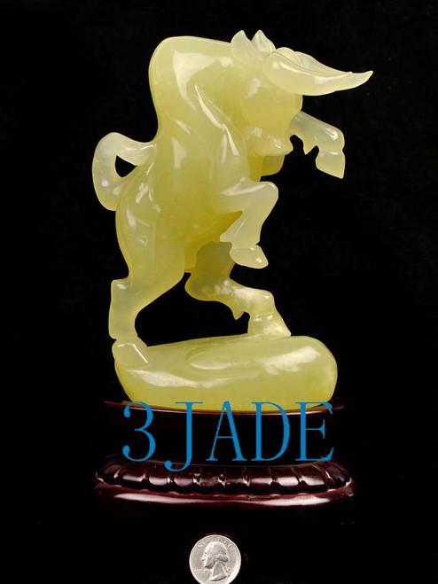jade fighting bull carving