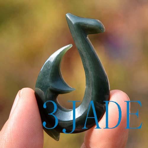 Nephrite Jade Hei Matau Pendant Fish Hook Necklace