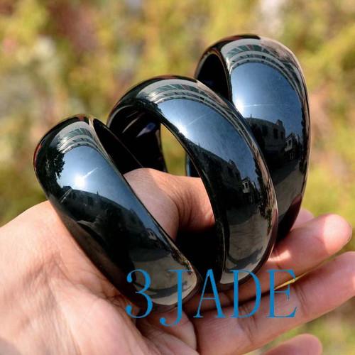 wide jade bangle