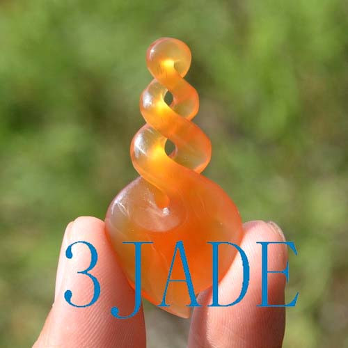 agate twist pendant