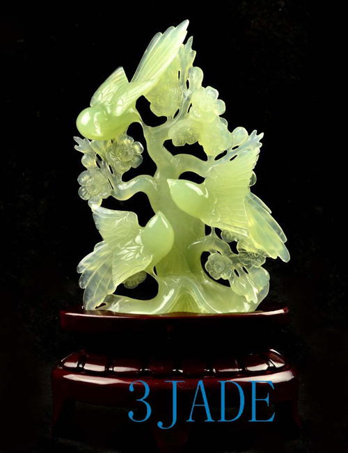 Chinese Xiu jade bird flower carving