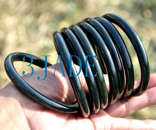 round nephrite jade bangle