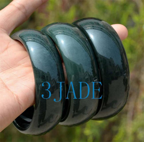 66mm green jade bangle