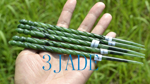 green jade hairpin