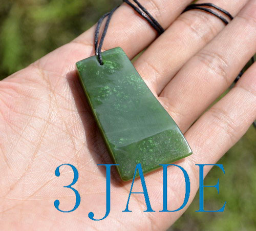 green jade Hei Toki pendant