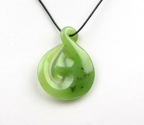 green jade twist pendant necklace