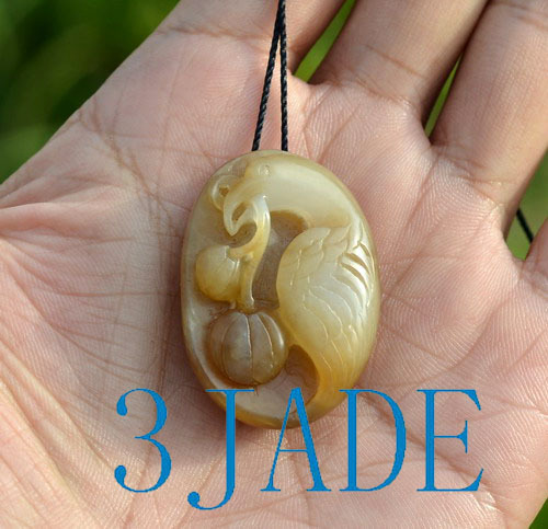nephrite jade bird pendant necklace