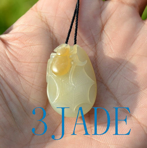 nephrite jade spider pendant necklace