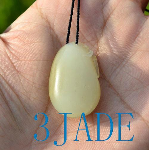 Hetian jade penant