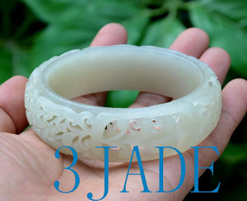67mm Carved Jade Bangle