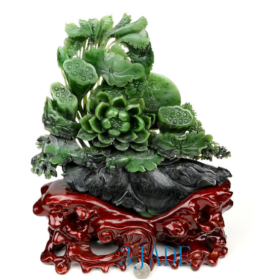 Green Nephrite Jade Lotus Seed Pod/Flower & Fish Sculpture