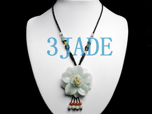 A grade jadeite jade flower necklace
