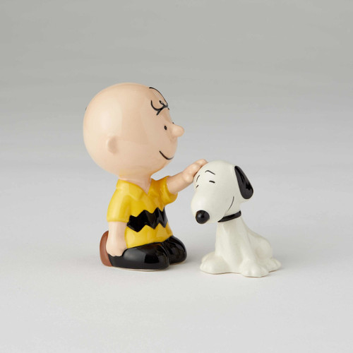 Peanuts Charlie Brown Petting Snoopy Salt and Pepper Shakers