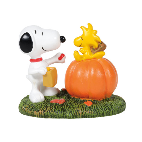 "A Treat for Woodstock Halloween Accessory 1.6"" Tall"