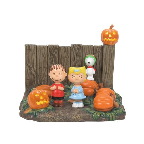 "Peanuts Halloween Snoopy Sally Linus Figurine Is It The Great Pumpkin? 4.25"" Tall"