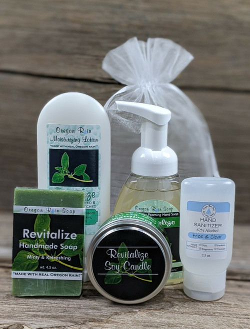 Peppermint, Eucalyptus, Lavender & Tea Tree Essential oils 100% naturally scented Wash and moisturize hands. Use hand sanitizer when soap and water is not available.