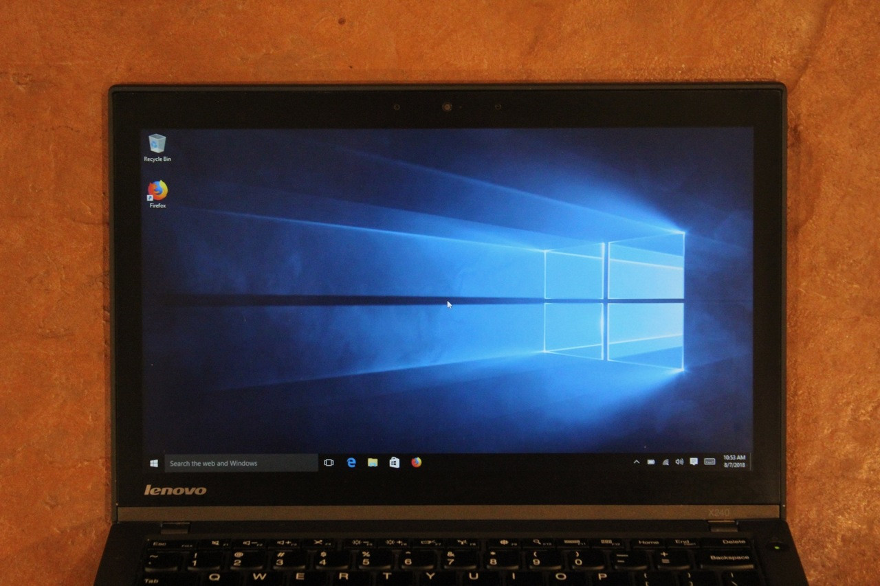 Lenovo x240 Laptop | WINDOWS 10 | Camera | Multi-Touch LCD | Spill-proof  Keyboard | AC Adapter