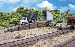 Walthers Cornerstone 933-4058 Truck Dump HO