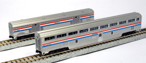 Kato N Scale 106-7122 Amtrak Phase III Step-down Coach & Baggage 2-car set