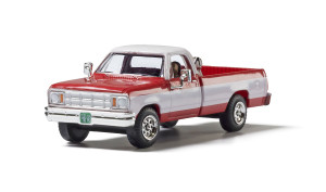 Woodland Scenics AS5371 Two Tone Truck HO scale