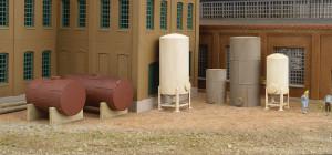 Walthers Cornerstone 933-3265 Storage Tanks  N scale