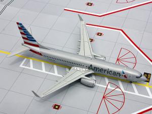 Gemini Jets G2AAL413 American Boeing 737-800 N908NN 1:200
