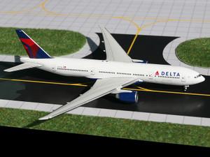 Gemini Jets GJDAL1026 Delta B777-200LR (N703DN)