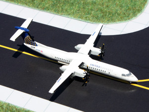 Gemini Jets GJUAL1098 United Express Q400 (N354NG)