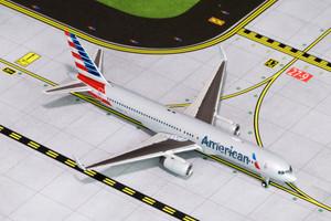 Gemini Jets GJAAL1464 American 757-200 (N185AN) **