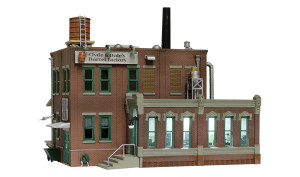 Woodland Scenics BR4924 Clyde & Dale's Barrel Factory N scale Built-Up