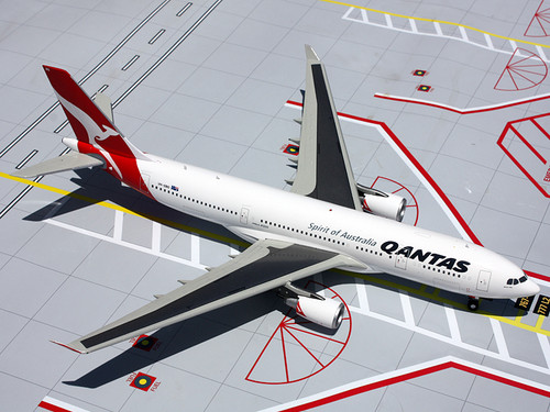 "Gemini Jets G2QFA369 Qantas A330-200 ""Spirit of Australia""  VH-EBG 1:200"