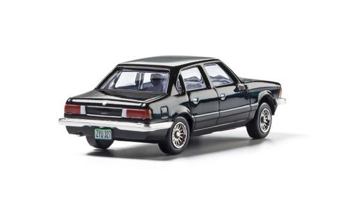 Woodland Scenics AS5367 Black Sedan  HO scale