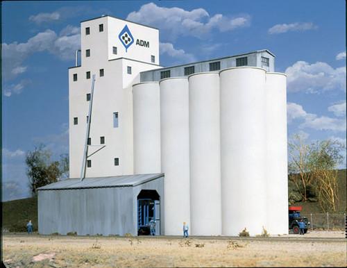 Walthers Cornerstone 933-3022 ADM Concrete Grain Elevator HO