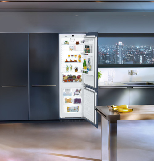 "Liebherr 24"" Fully Integrated Comfort Fridge/Freezer w/ BioFresh - Ice Maker"