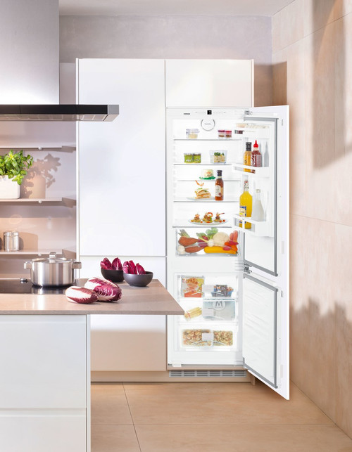 "Liebherr 24"" Fully Integrated Comfort Fridge/Freezer w/ BioFresh"