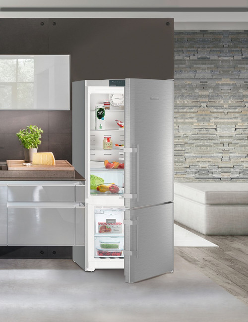 "Liebherr 30"" Freestanding Comfort Fridge/Freezer w/ Ice Maker - Right Hinge"
