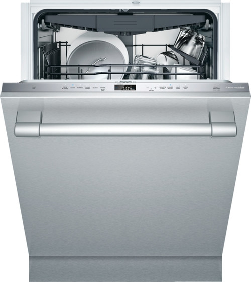 Thermador Emerald Dishwasher w/ Pro Handle