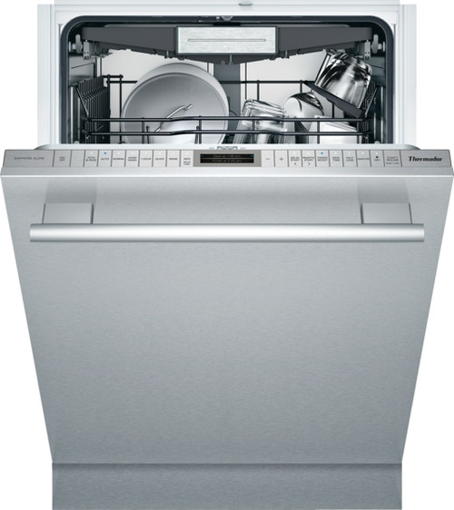 Thermador Sapphire Dishwasher w/ Masterpiece Handle