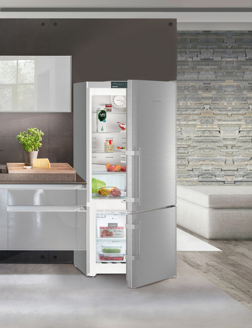 "Liebherr 30"" Freestanding Comfort Fridge/Freezer w/ Ice Maker - Left Hinge"