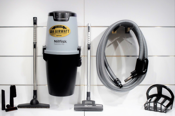 Nilfisk Supreme 250 Central Vacuum w/ Superior Package - 107404979 + SU10M